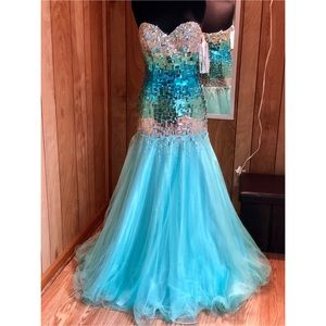 Pageant Dress/ Prom Dress/ Homecoming Court Dress